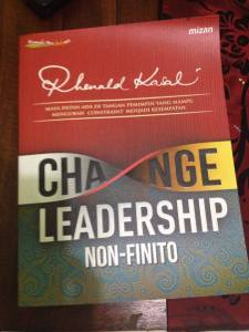 Sampul Buku Change Leadership Non-Infinito